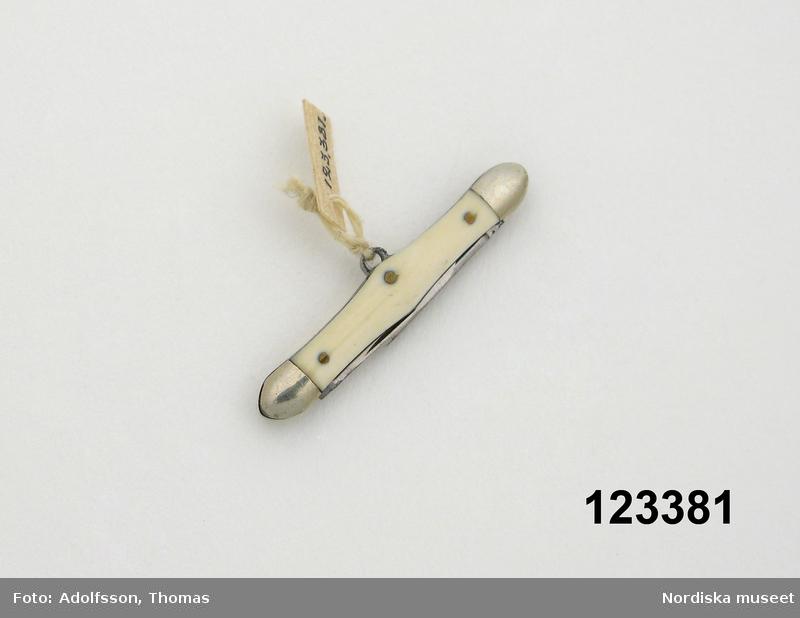 Miniatyrfällkniv