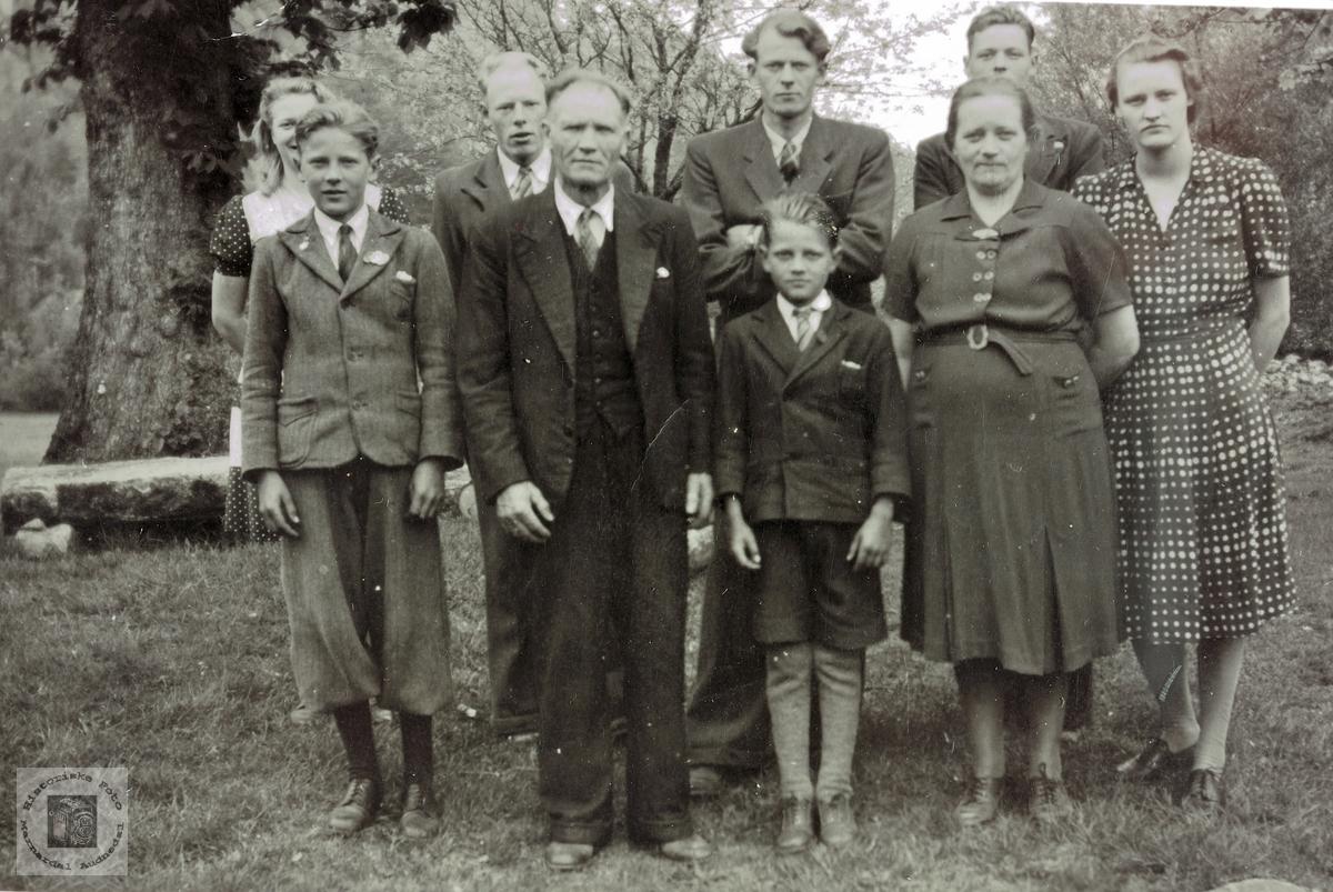 Familien Daniel Flottorp med sine 7. Grindheim.