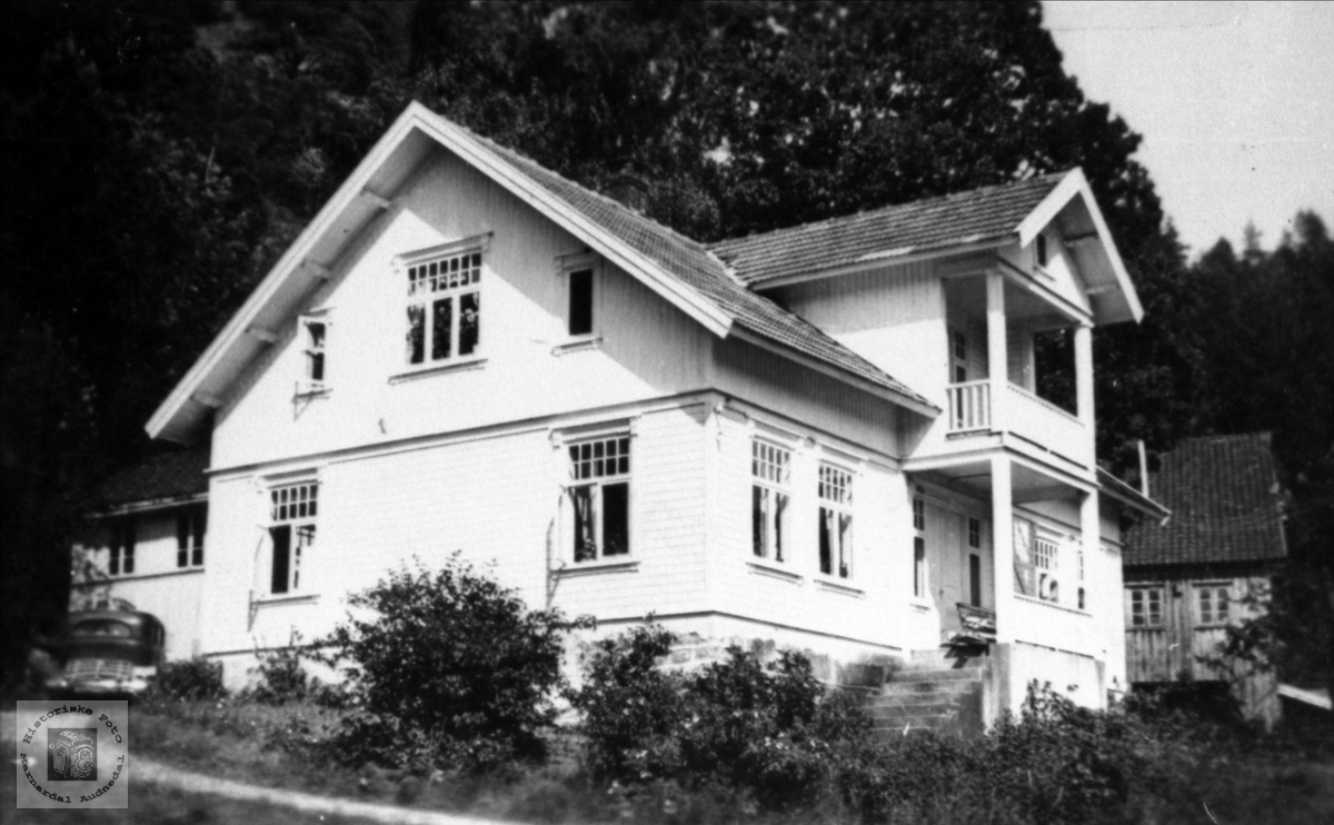 Nyhuset i Olsgård, Fuglestveit i Øyslebø.