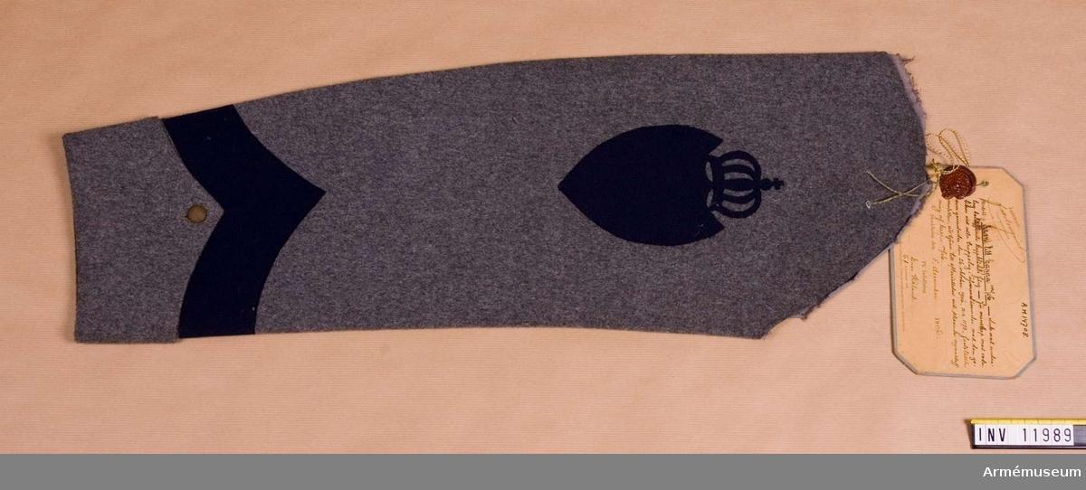 Grupp C I. Ärm till kappa m/1906 dock med undantag beträffande  kappklädets färg för manskap med vederlikar vid alla truppslag.