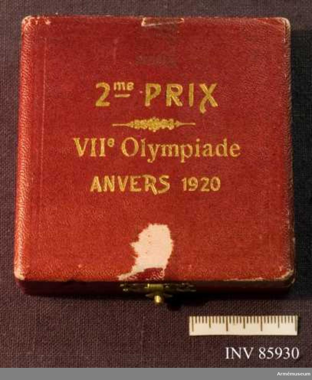 Grupp M II. Silvermedalj vunnen av Oscar Gomer Swahn i löpande hjort, dubbelskott, lag, OS 1920 i Antwerpen.