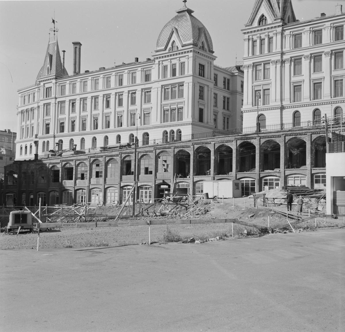 De gamle Vika-terrassene i Oslo under riving.