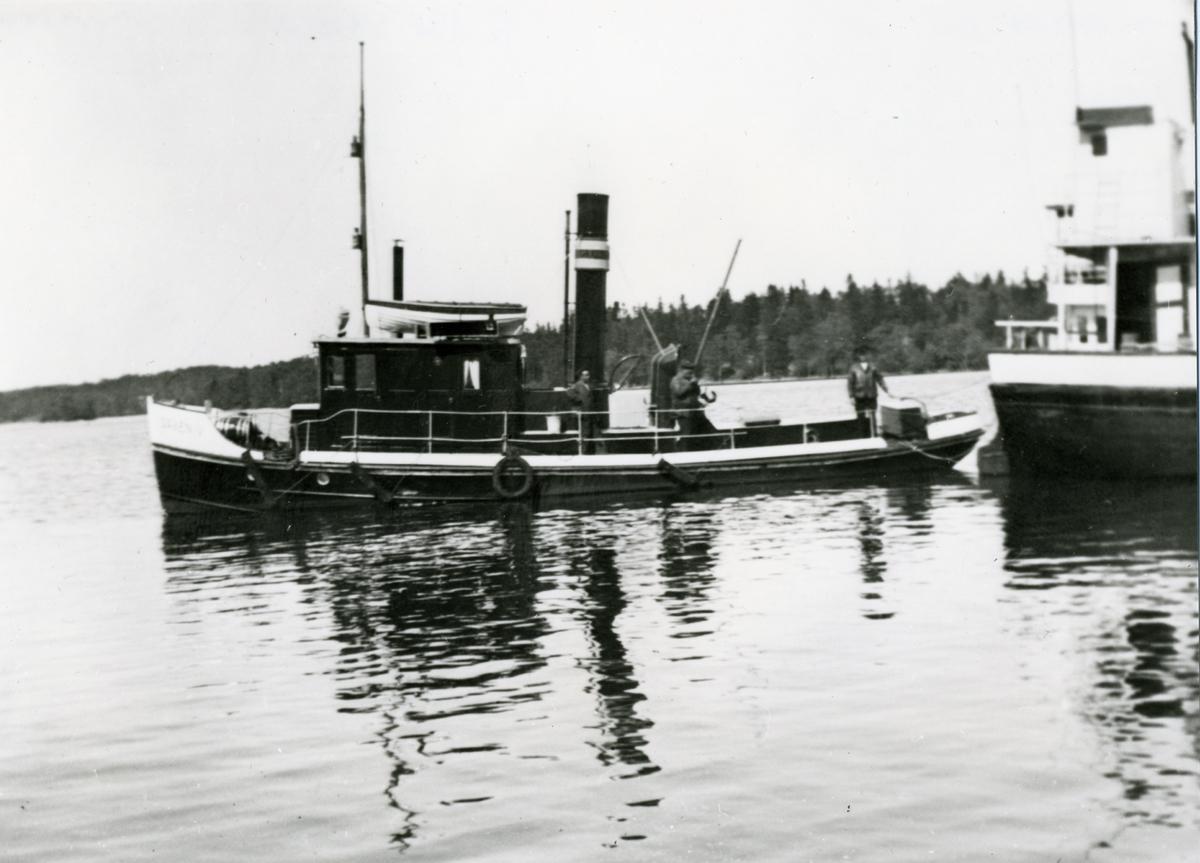 Bogserbåten OAXEN IV