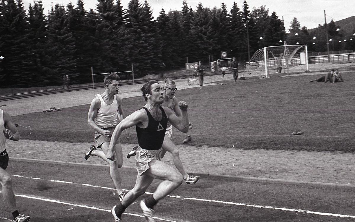 Regementmästarskap i löpning vid I21 Västernorrlands Regemente, Sollefteå.