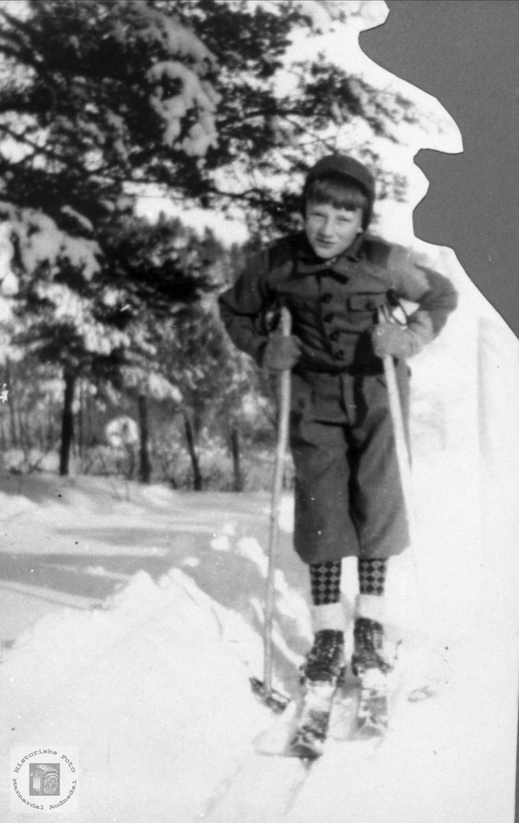 10-åring på ski.