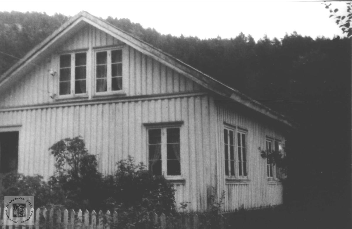 Hus i Storehagen, Laudal.