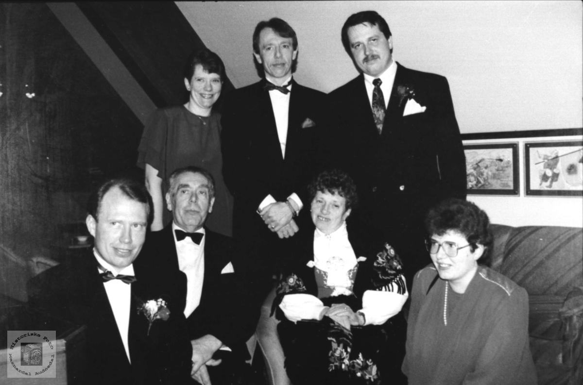 Familiegruppe fra Kleveland, nedre.