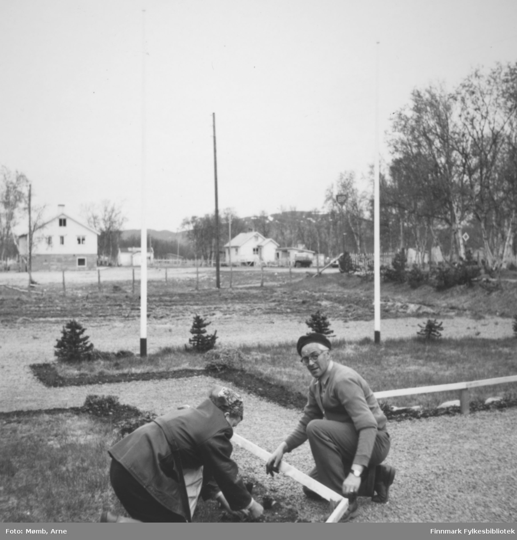 Frida og Leif Johnsen, Rustefjelbma 1958. (Vertskapet på Johnsens gjestegiveri).