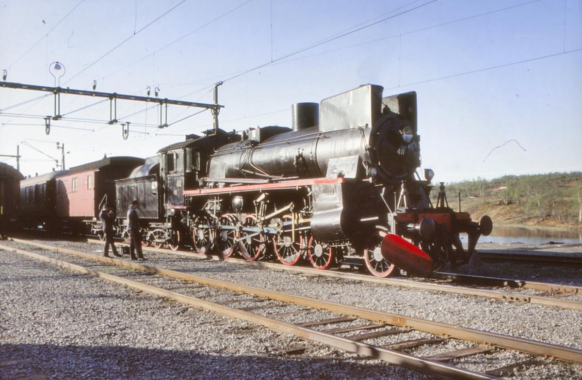 NSB damplokomotiv 26c 411 på Storlien stasjon.