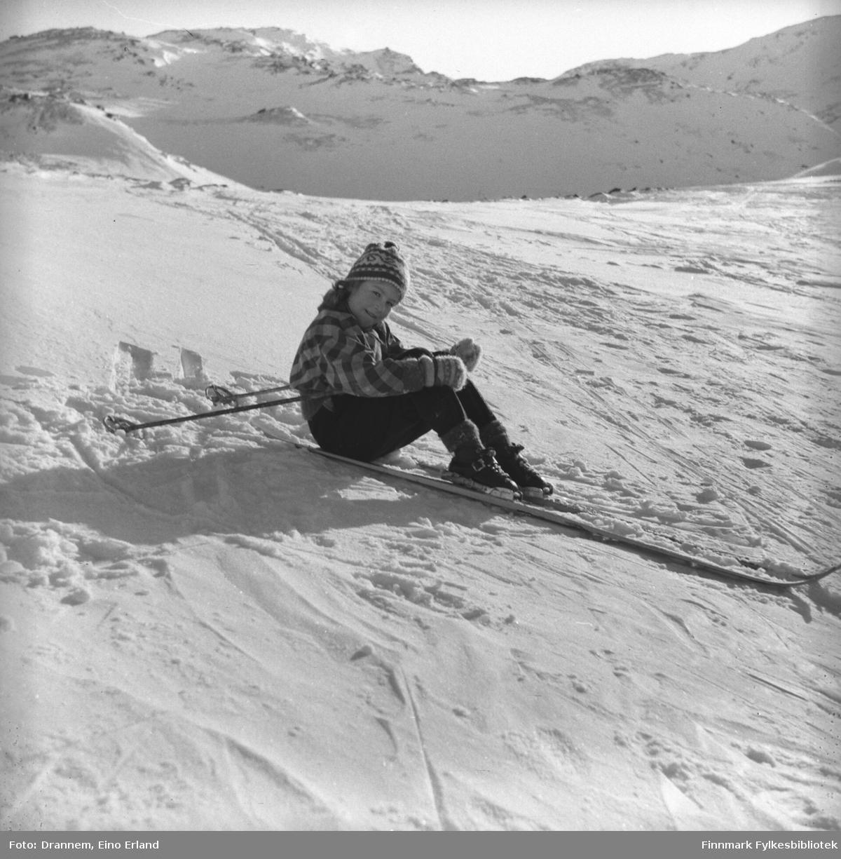 Turid Lillian på skitur i Hammerfest