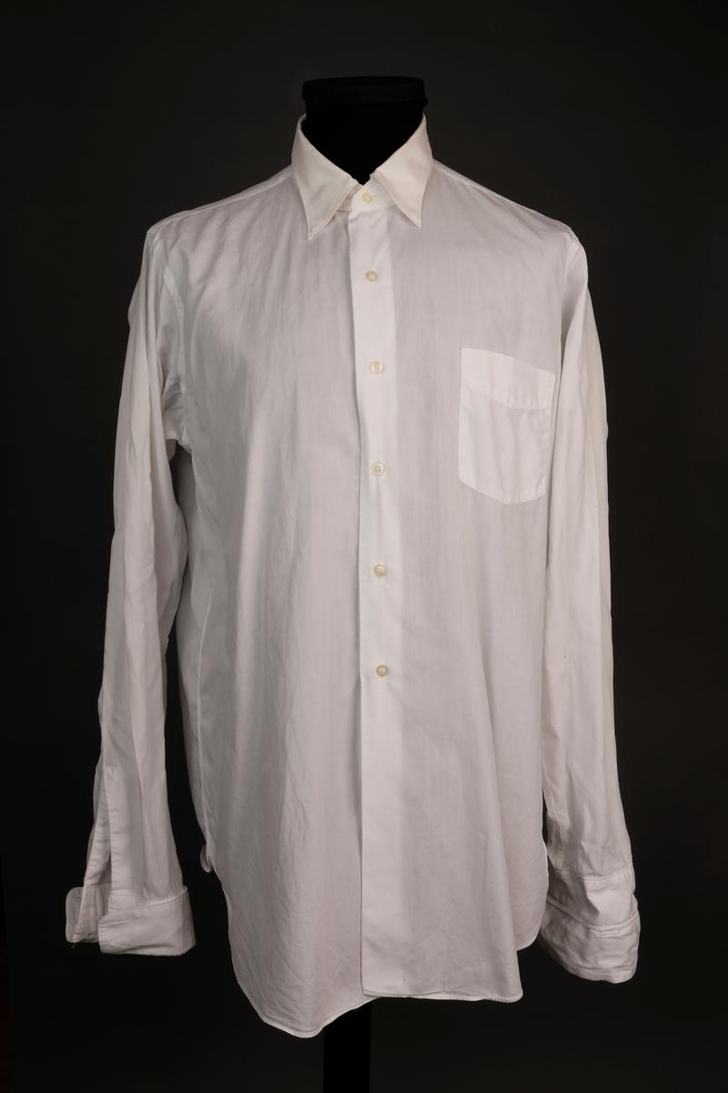 N.A.L. purseruniform bestående av jakke, bukse, lue, 2 skjorter, slips,
