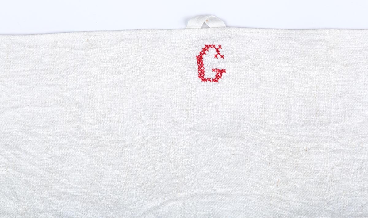 Hvitt med korstingssbroderi, momogtam G (Gaavim), Hempe.