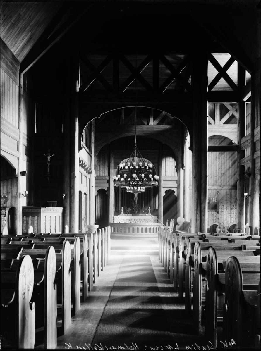 Kirkeinteriør fra Holmenkollen kapell.