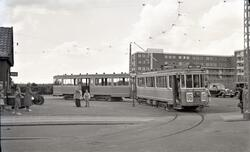 """Sporvogn nr. 525, """"Lundin vogn"""", på linje 16 i vendesløyfen"""