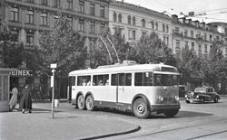 Trolleybuss på linje 23 ved Nørreport stasjon i København