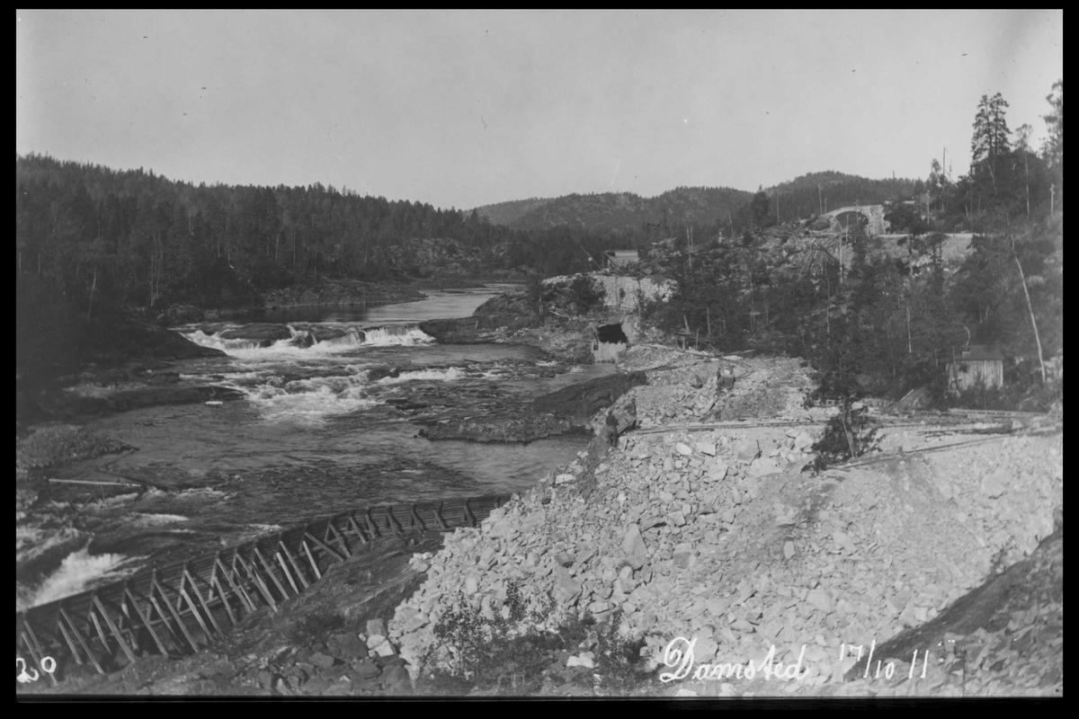 Arendal Fossekompani i begynnelsen av 1900-tallet CD merket 0565, Bilde: 17 Sted: Haugsjå Beskrivelse: Damområdet