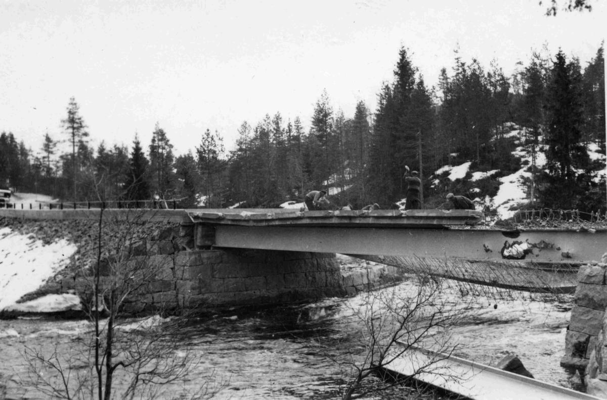 Skåre bru - Sprengt av nordmenn i 1940