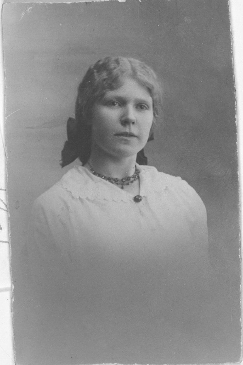 Portrettbilde av Sigrid Skrede, f. Olsen.