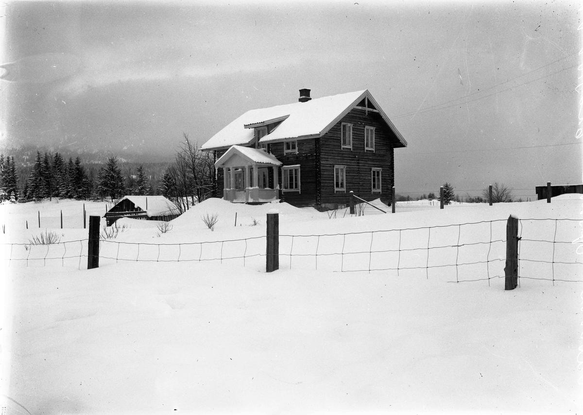 Opsahl, Kristian Davidsen sin villa