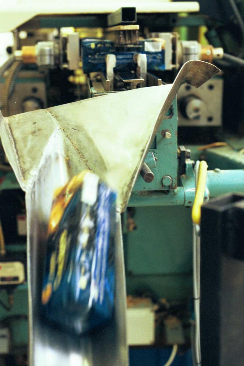 Cream Cracker, maskin, fabrikkmiljø