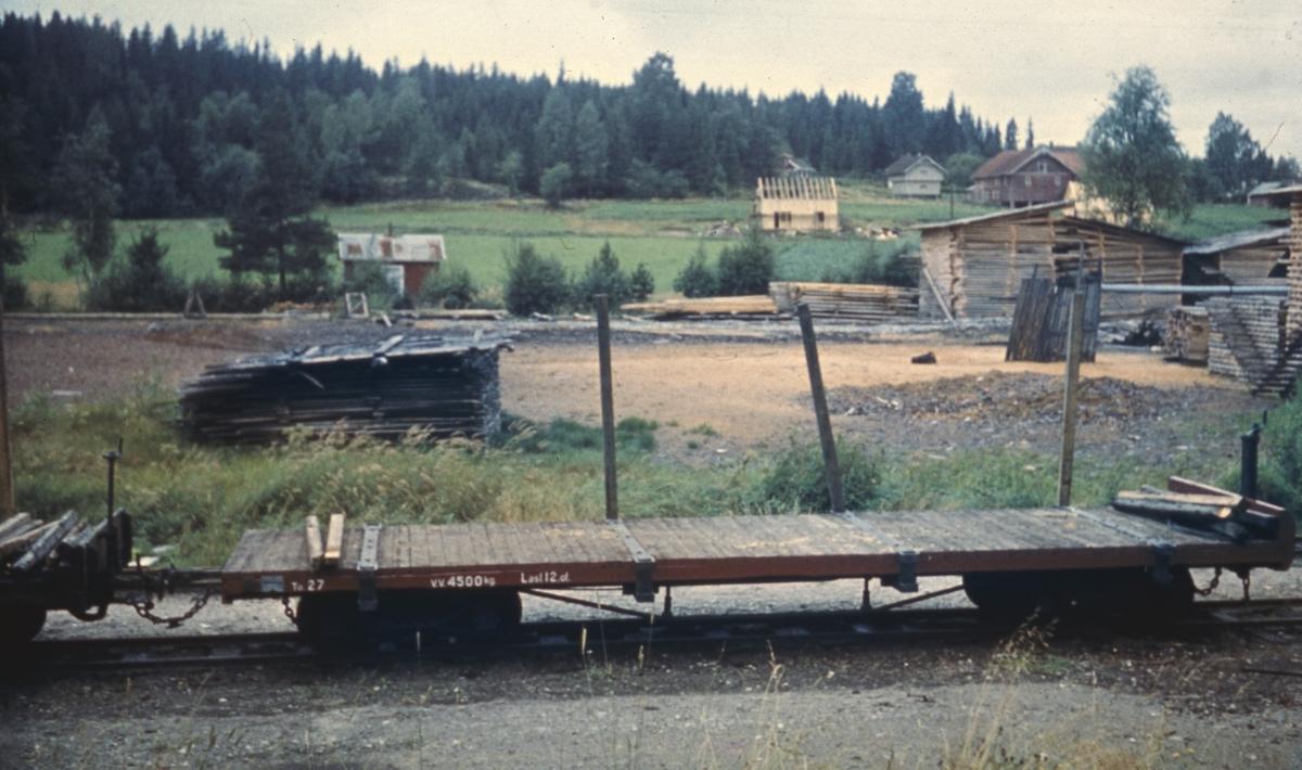 Flatvogn for transport av tømmer, kubb, løftekasser etc.