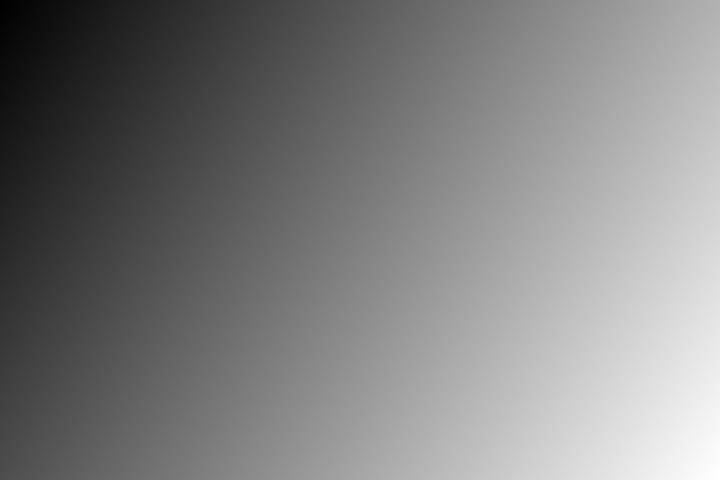 Stor trafikk i Bjelland sentrum.