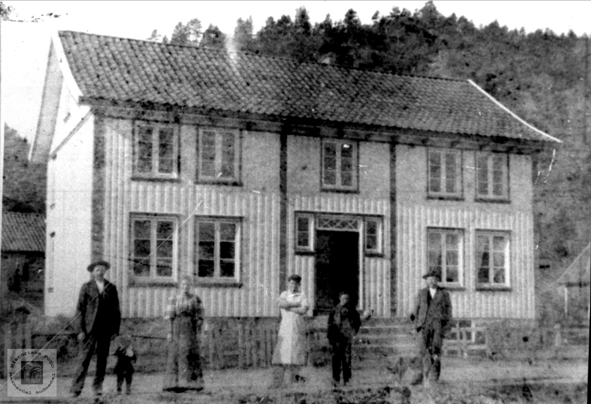 Forretning til Kristen Håkonsen, Øyslebø.