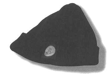 Toppluva, mörkblå med 30 mm postsymbol i framkant. Artikelnummer 969.10.