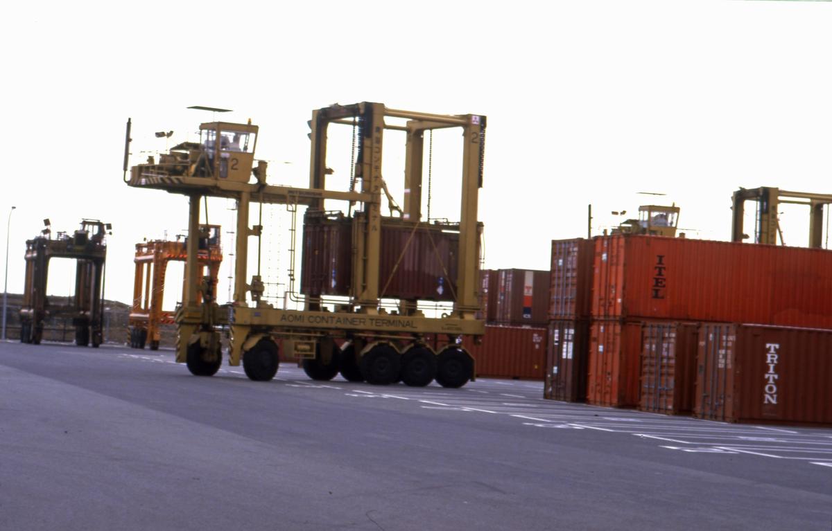Containeren flyttes
