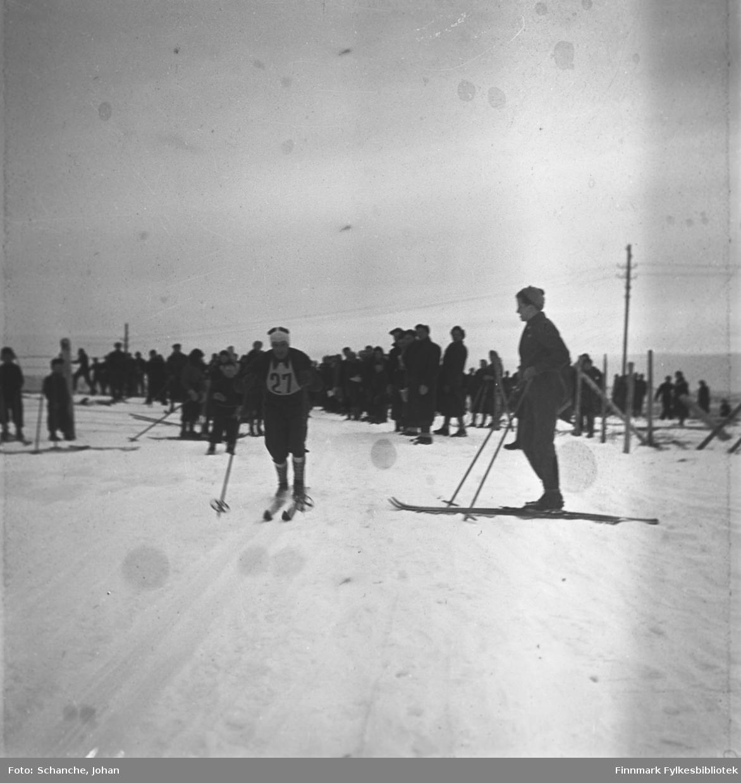 Fra kretsrennet på ski, 1946 i Vadsø. Olav Odden i 30 km.lang- renn.