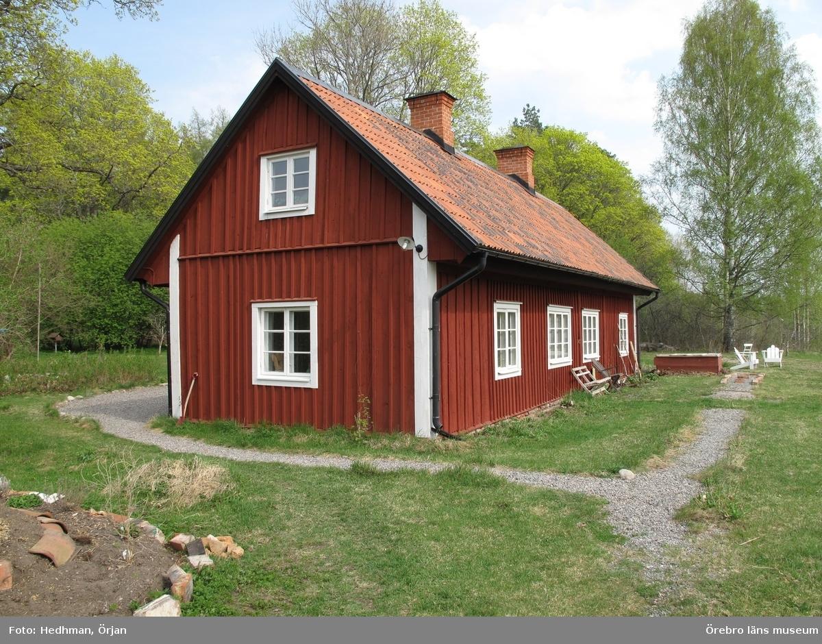 Borrarebacken, Ånsta 20:265. Inventering av Karlslunds byggnader.Bilder till rapporten. Dnr: 2011.250.050