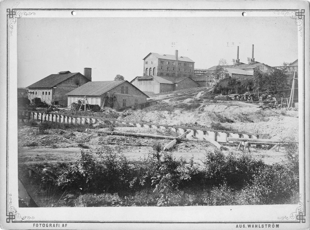 Bångbro Järnverk.Bessemerverk, blåsmaskinshus, masugnar, rostugnar och kolhus, ca 1880.