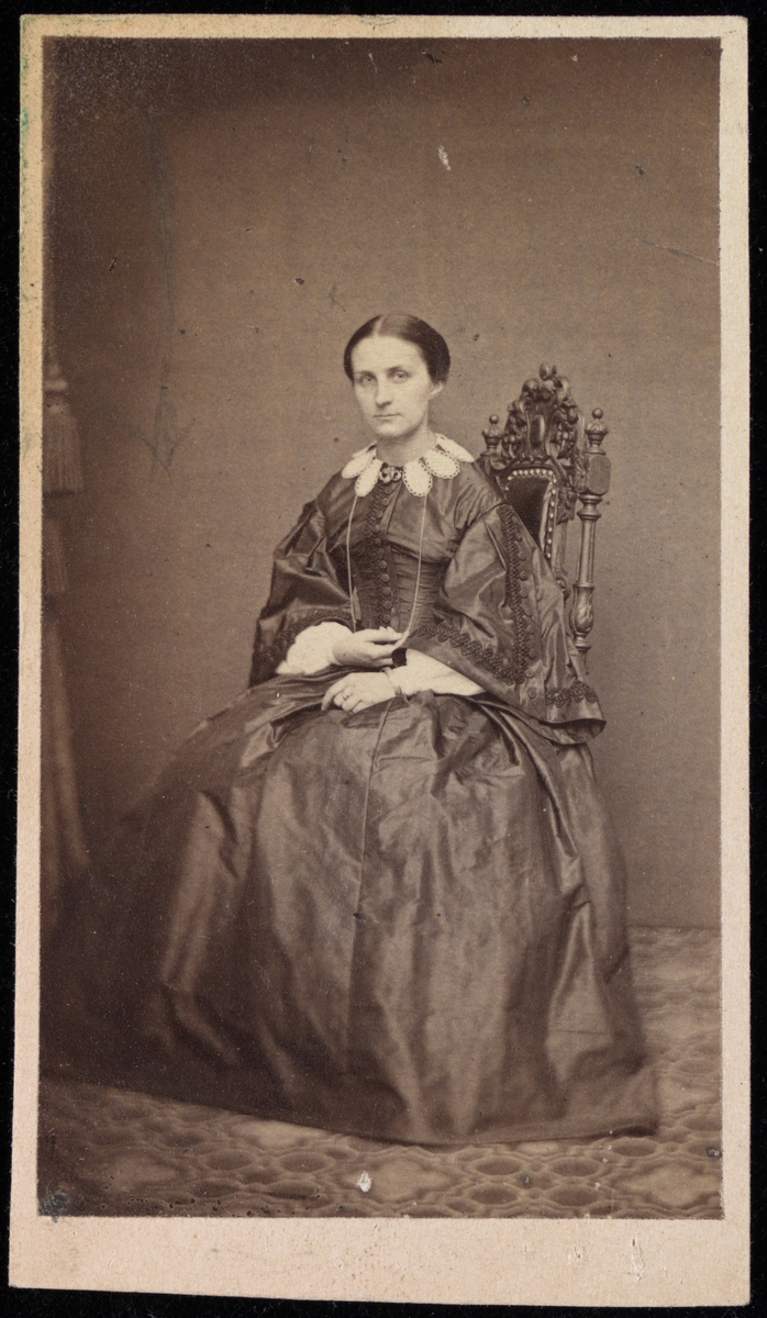 Portrett av Anna Sophie Josephine Mathiesen f. Larpent.
