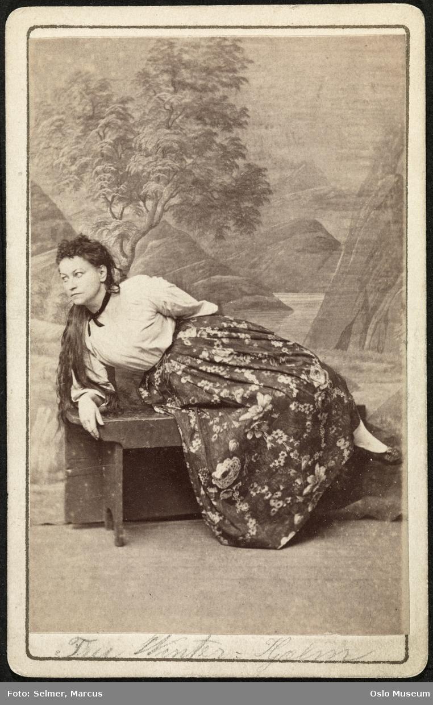 portrett, kvinne, skuespillerinne, sittende helfigur