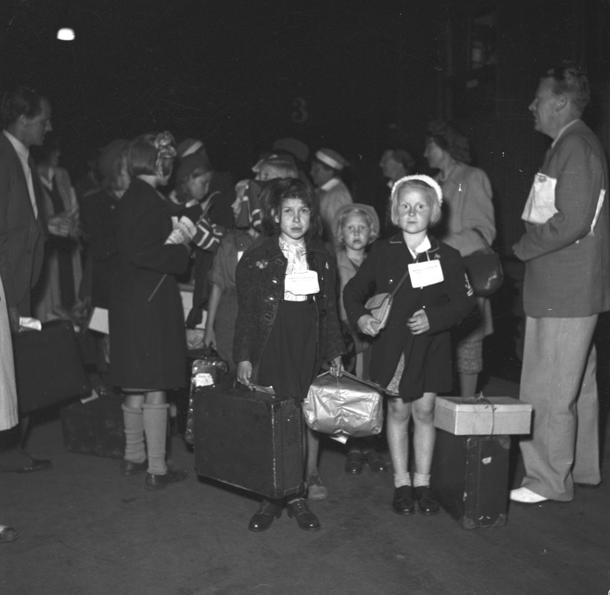 Norgebarn på Centralstationen. September 1945