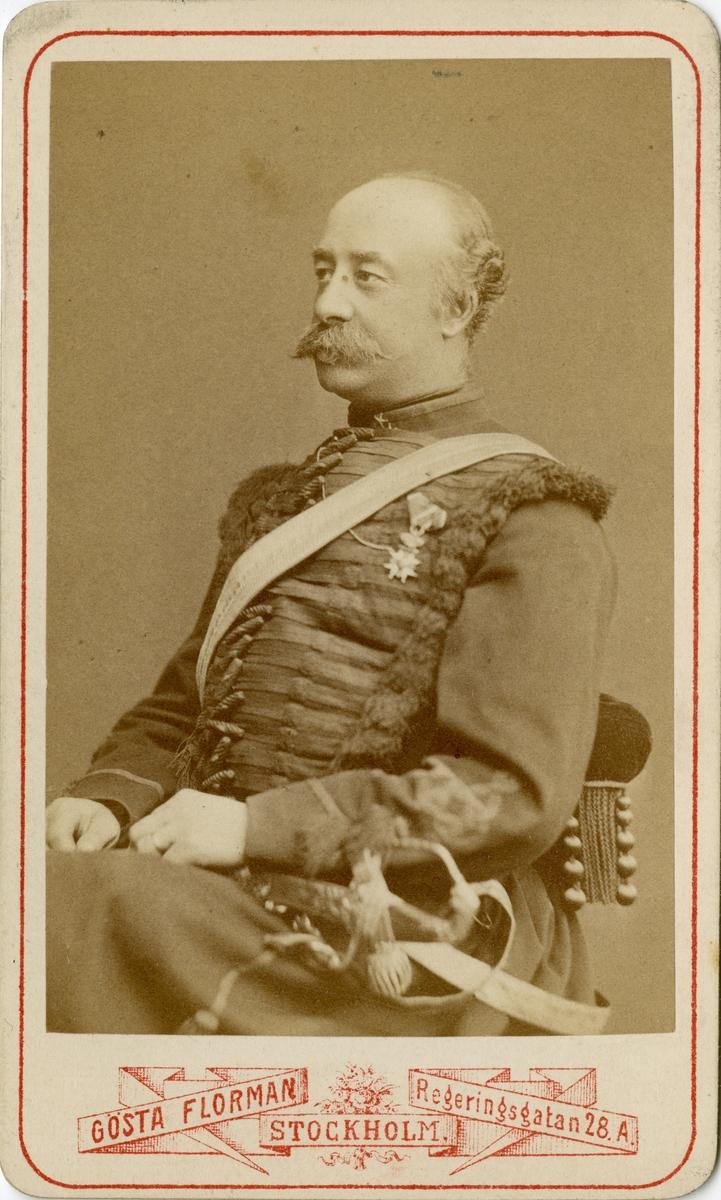 Porträtt av friherre Folke Fromhold Rehbinder, kapten vid Livregementets dragoner K 2.