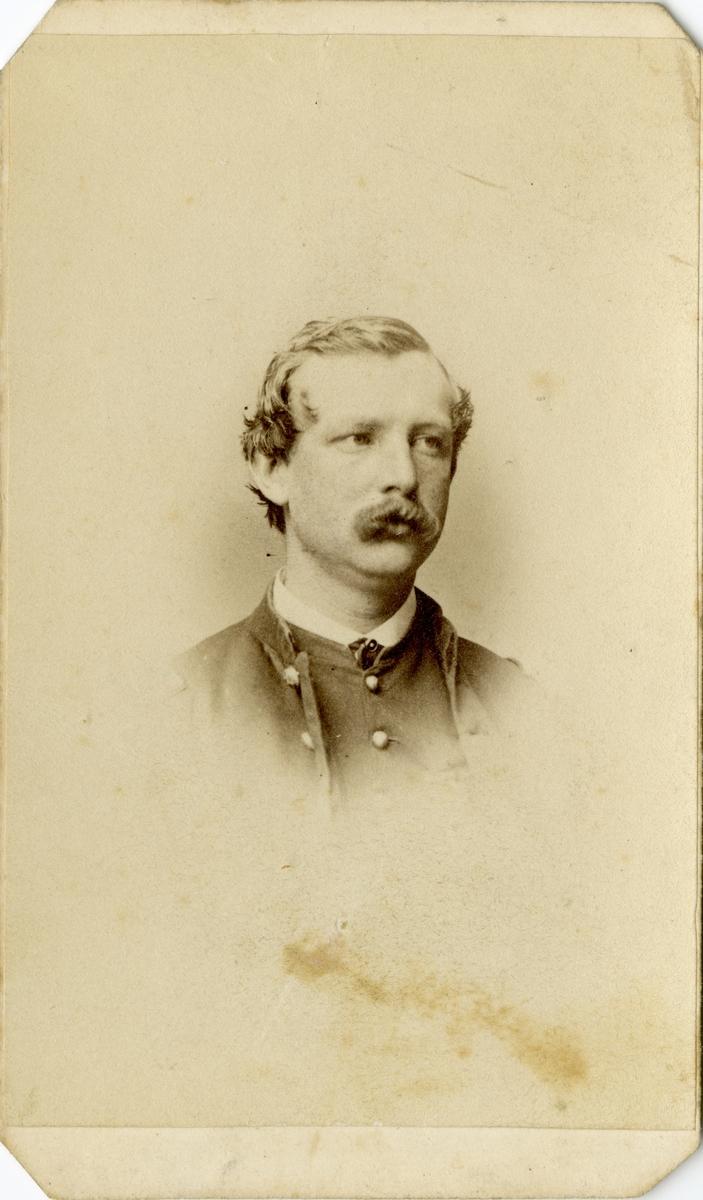 Porträtt av okänd officer.