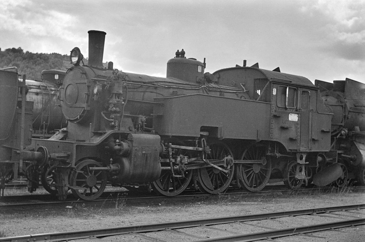 Damplokomotiv type 32a nr. 407, hensatt i Lodalen. i Oslo.