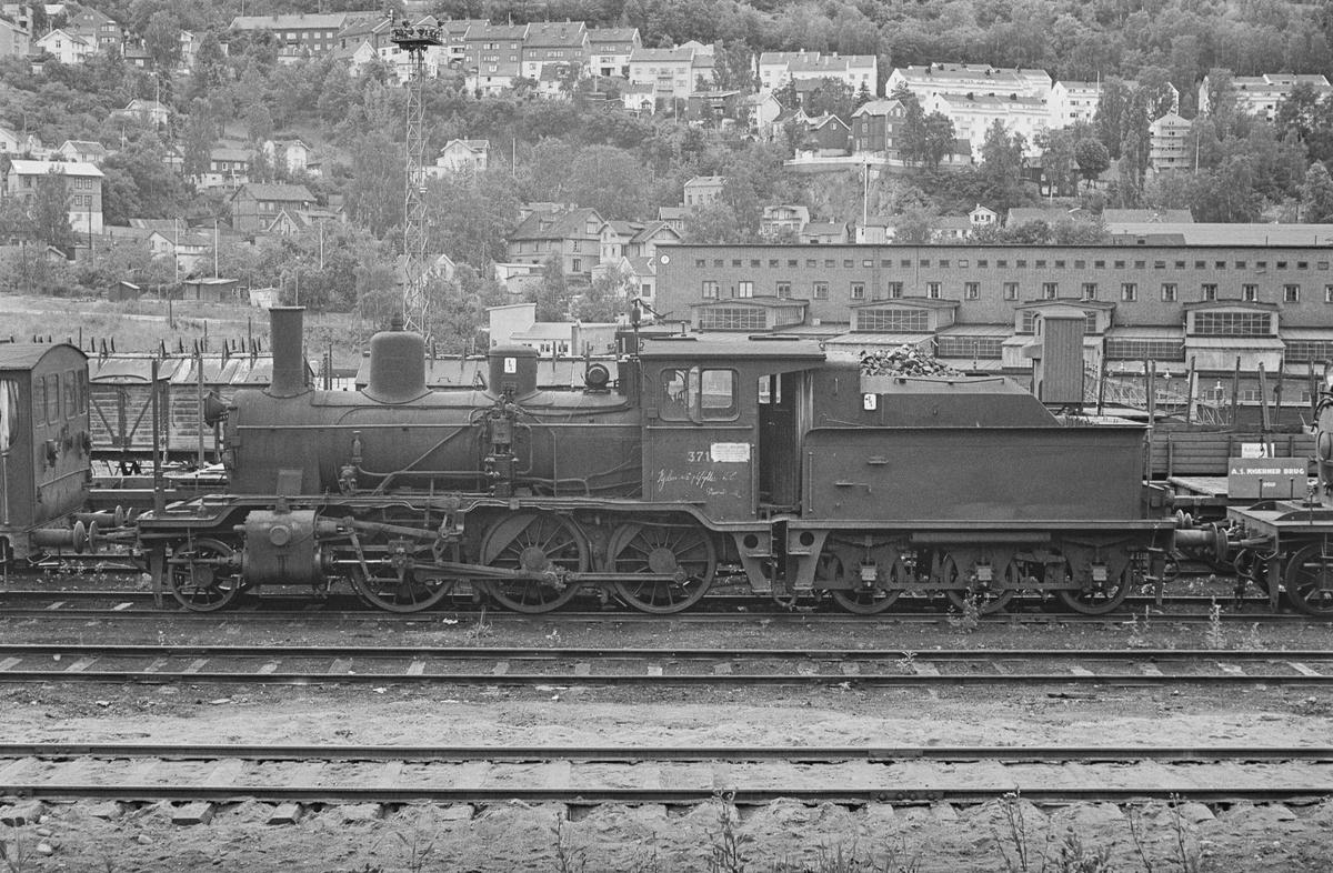 Hensatt damplokomotiv type 21c nr. 371 i Lodalen i Oslo.
