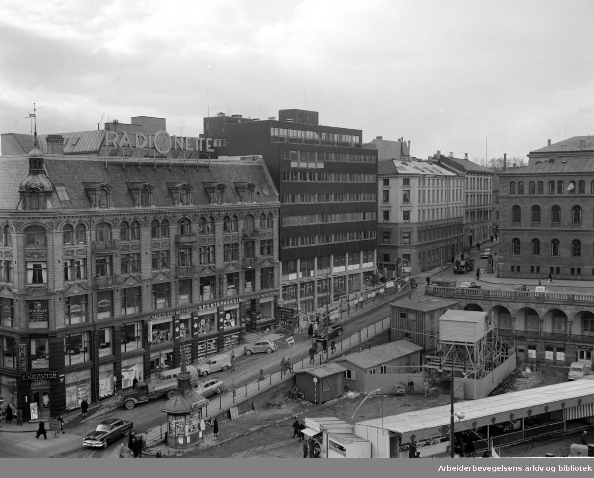 Venstres Hus. Mars 1955