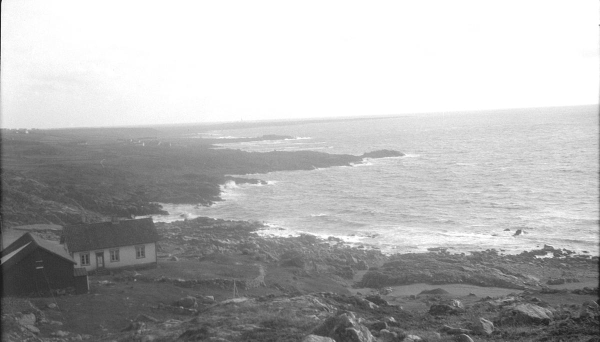 Hus ved havet i Håle i 1934.