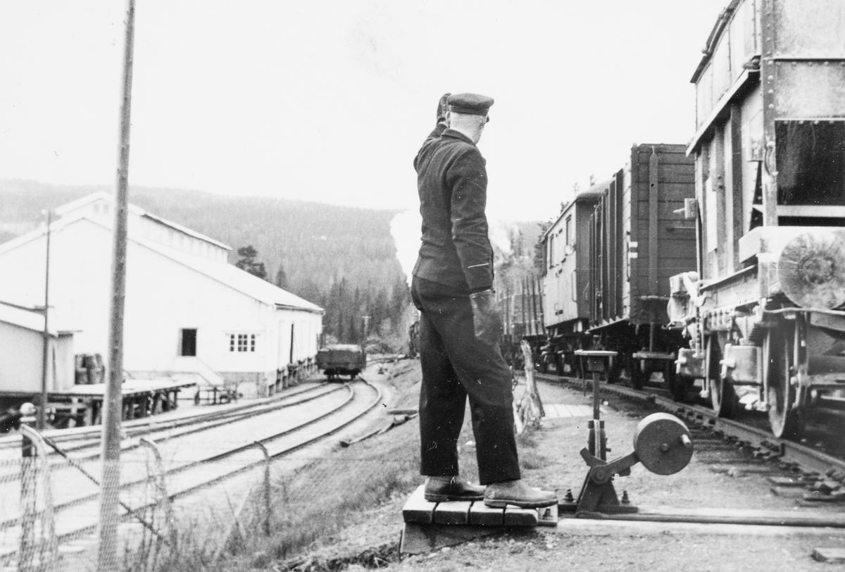 Sporskifter i arbeid på Kopperå stasjon.