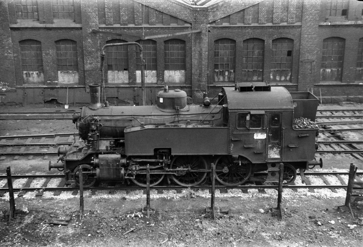 Damplokomotiv type 32a 288 ved Gamlestallen i Lodalen i Oslo.