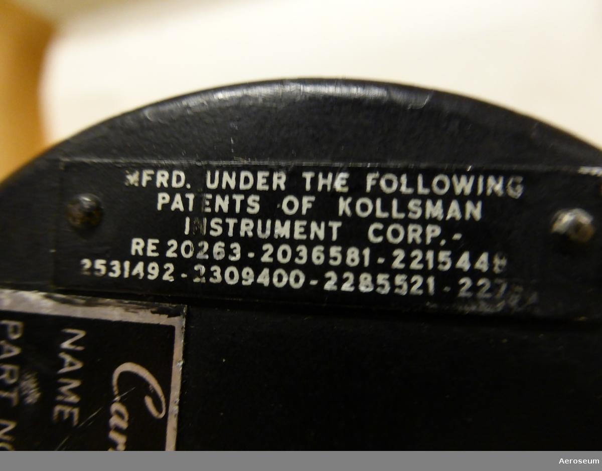 En variometer i svart metall.
