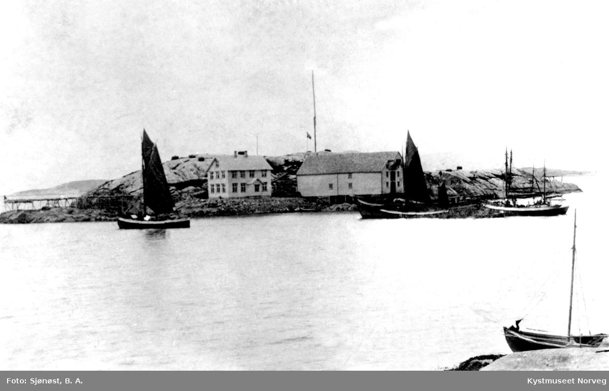 Nærøy, Petterholmen - lister båt - notbåter Korsholmen