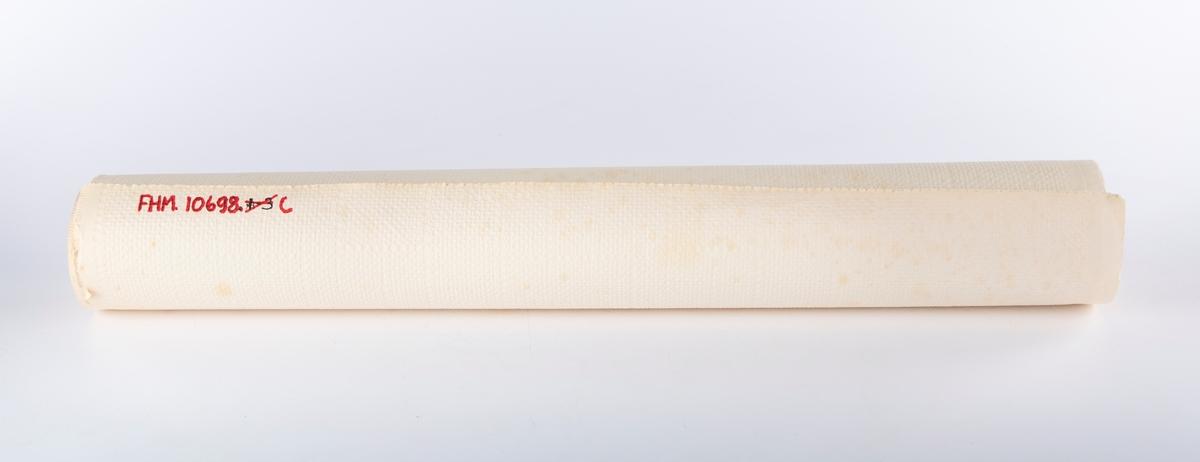 Flere ruller tapet . Produsert av Tento-fabrikken i Drøbak, merket Printon og et produksjonsnummer.