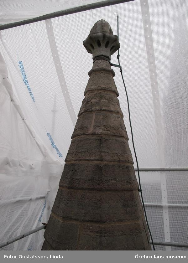 Renoveringsarbeten av tornfasader på Olaus Petri kyrka (Olaus Petri församling).Norra tornet, västra trapphustornen, efter omfogning.Dnr: 2008.230.065