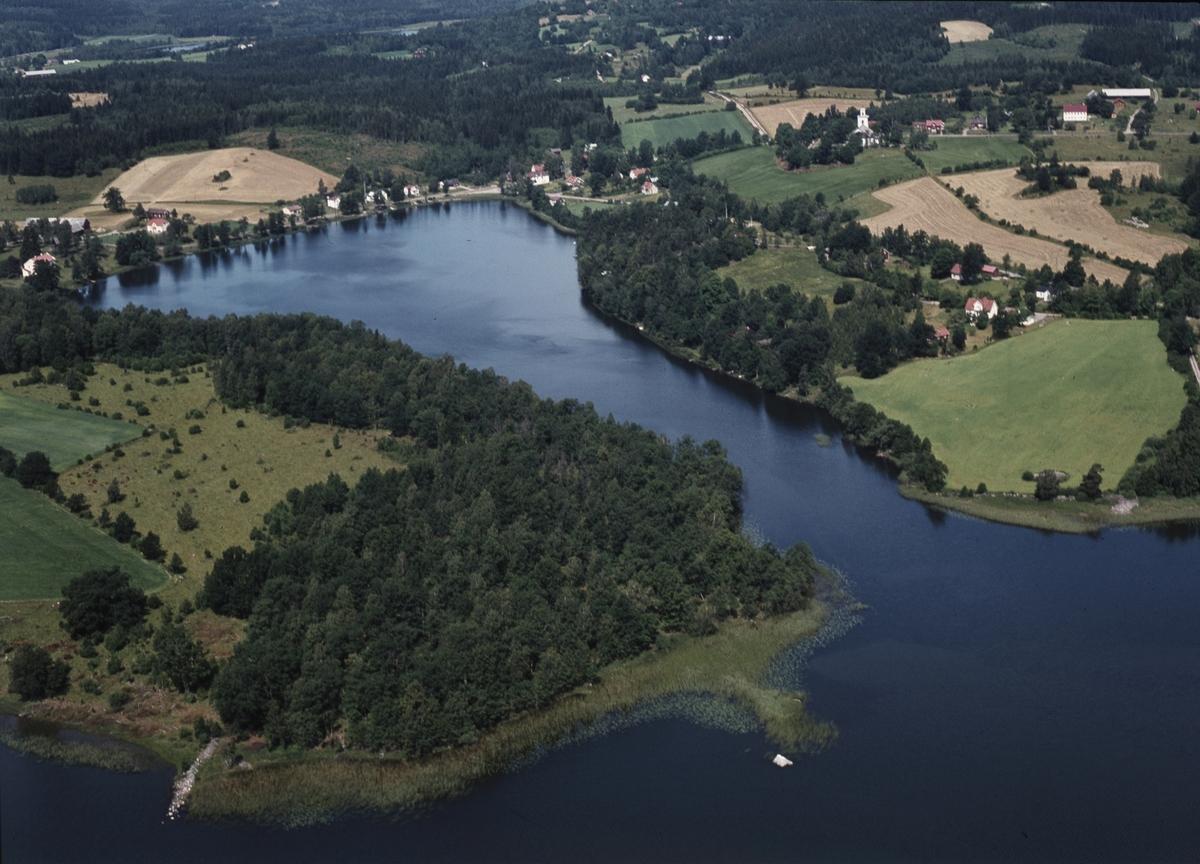 Flygfoto över Skirö i Vetlanda kommun. Jönköpings län 57/1971