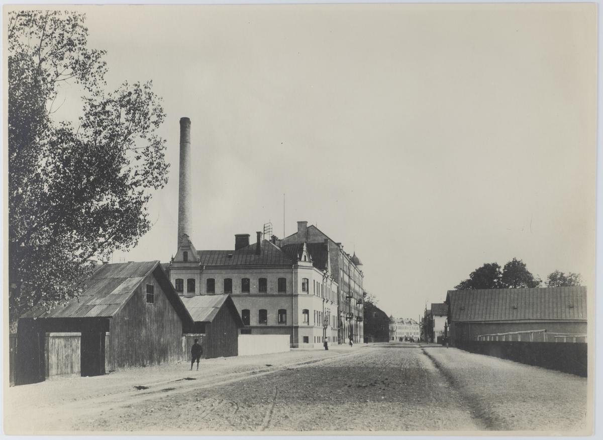 Fabriksgatan mot söder från vasabron.