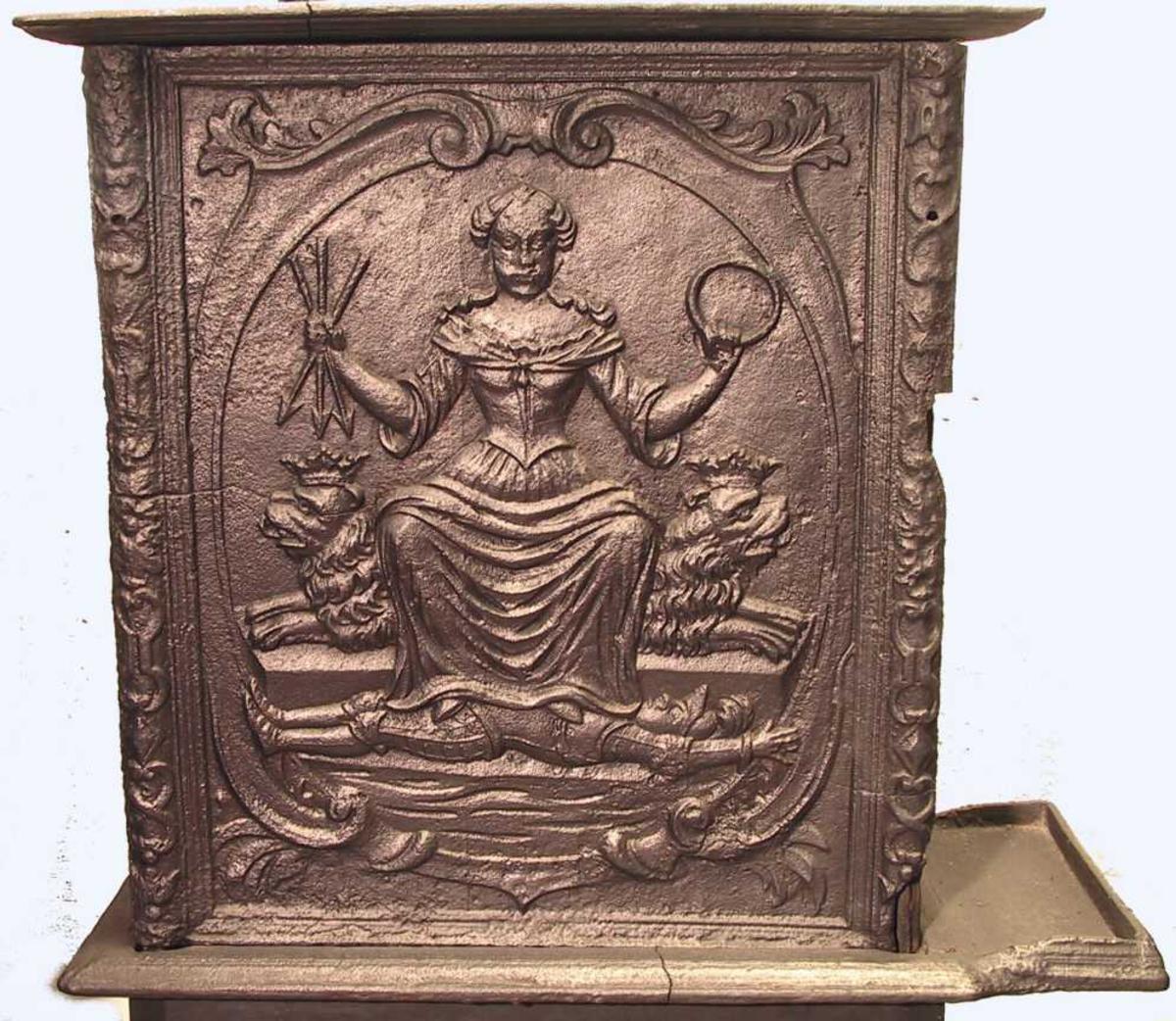 Christianias byvåpen, St. Hallvard som kvinne, og den reddede som ridder, Justitia